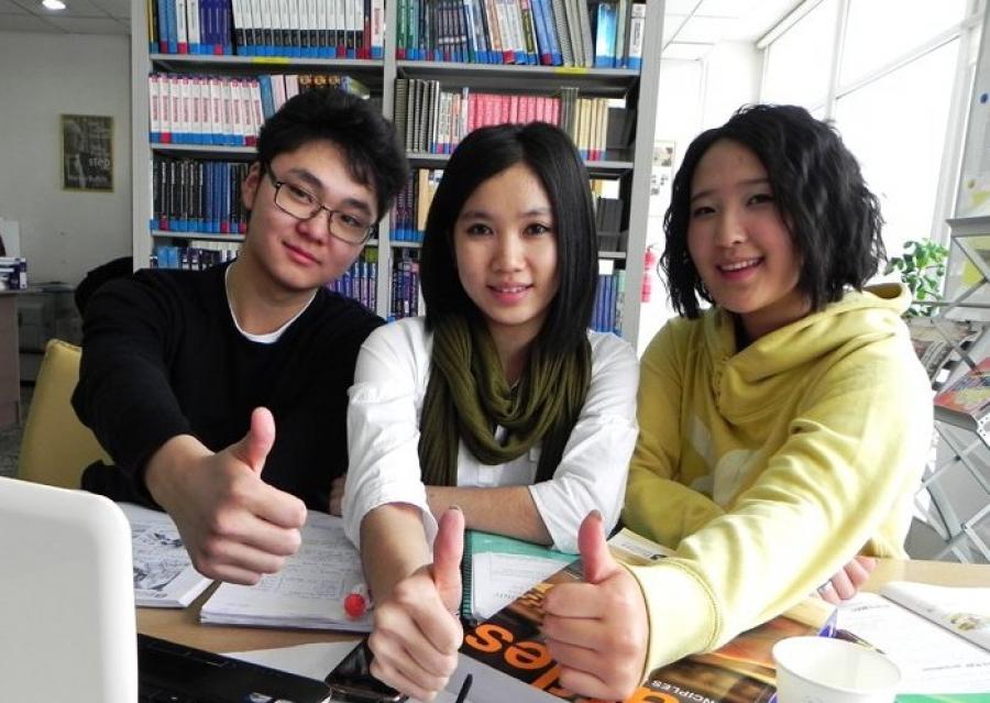 Элсэлтийн ерөнхий шалгалт өгөх сурагчдын анхааралд