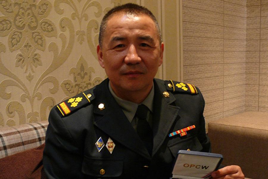 Монгол хүн нобелийн Энхтайвны төлөөх шагналыг багийн нөхдийн хамт  хүртжээ