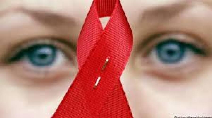 ХДХВ-ийн халдвартай гурван эх амаржжээ