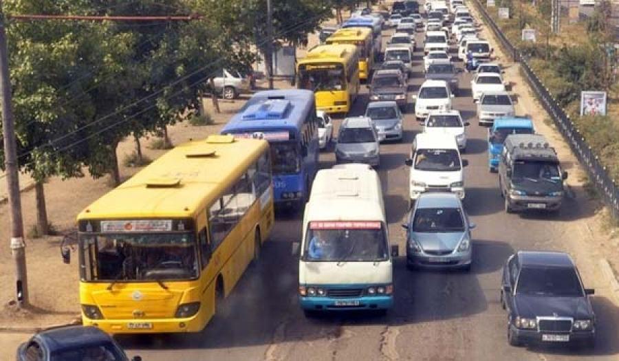 Нийтийн тээврийн салбарт эхлүүлсэн шинэчлэлээ битгий зогсоогоорой