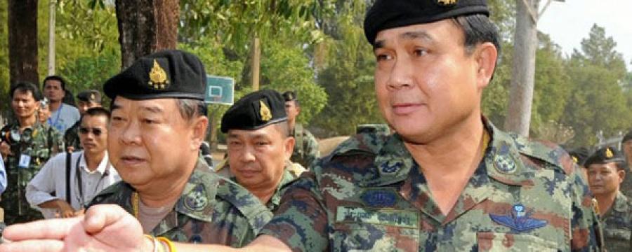 Тайландын шинэ Засгийн газрыг армийнхан хянаж байна