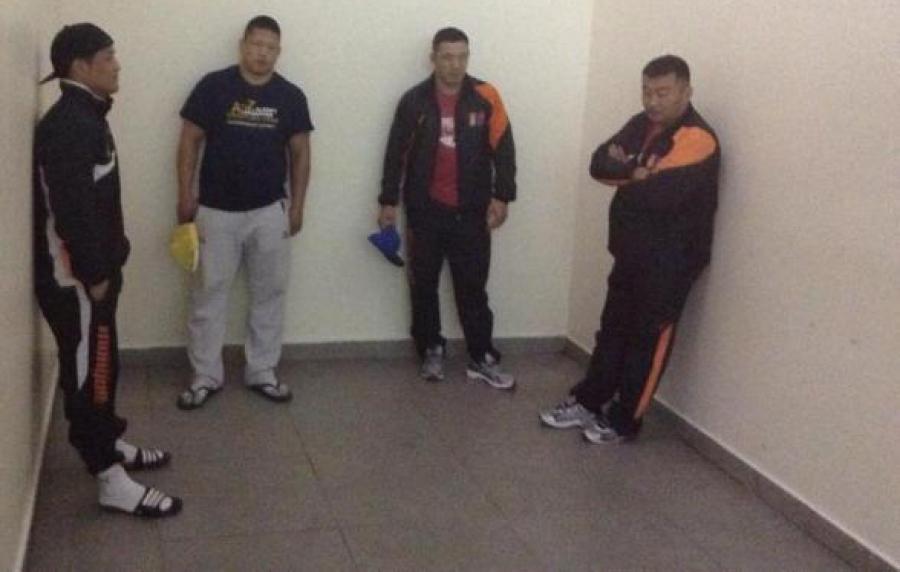 Гурван тамирчныг дасгалжуулагчийн хамт Монгол руу буцаажээ