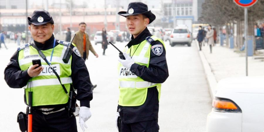 Замын цагдаагийн газрын албан хаагчид 87 уулзварт 1 - 4 цагийн биет зохицуулалтыг тасралтгүй хийлээ
