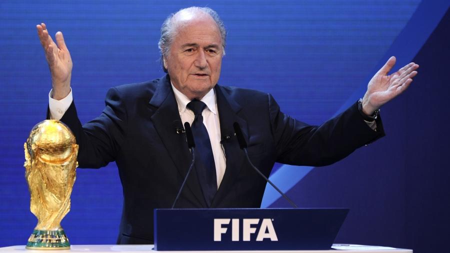 """""""FIFA""""-гийн ерөнхийлөгчийг огцрохыг шаардаж байна"""