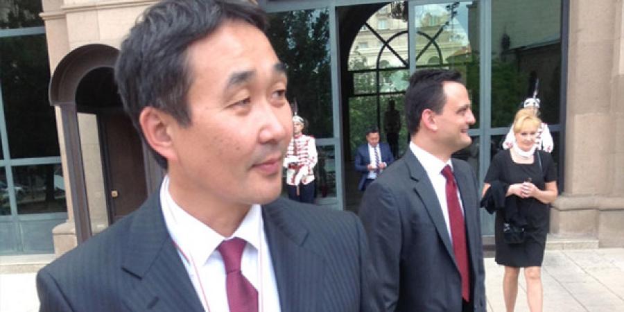 Ц.Ганхуяг: Улс төр улам хурцдахын эхлэл болно