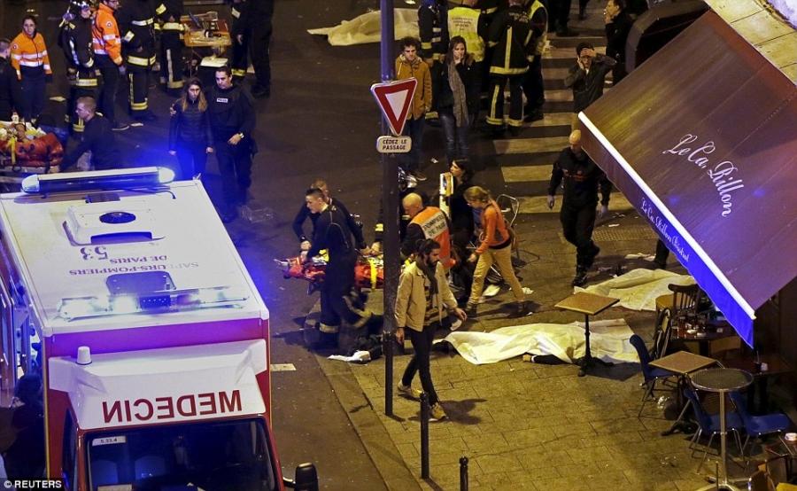 Францад халдлага гарч, 153 хүн амиа алдлаа