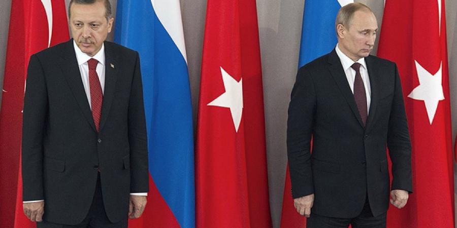 Турк бөхийж, Орос гэдийж байна
