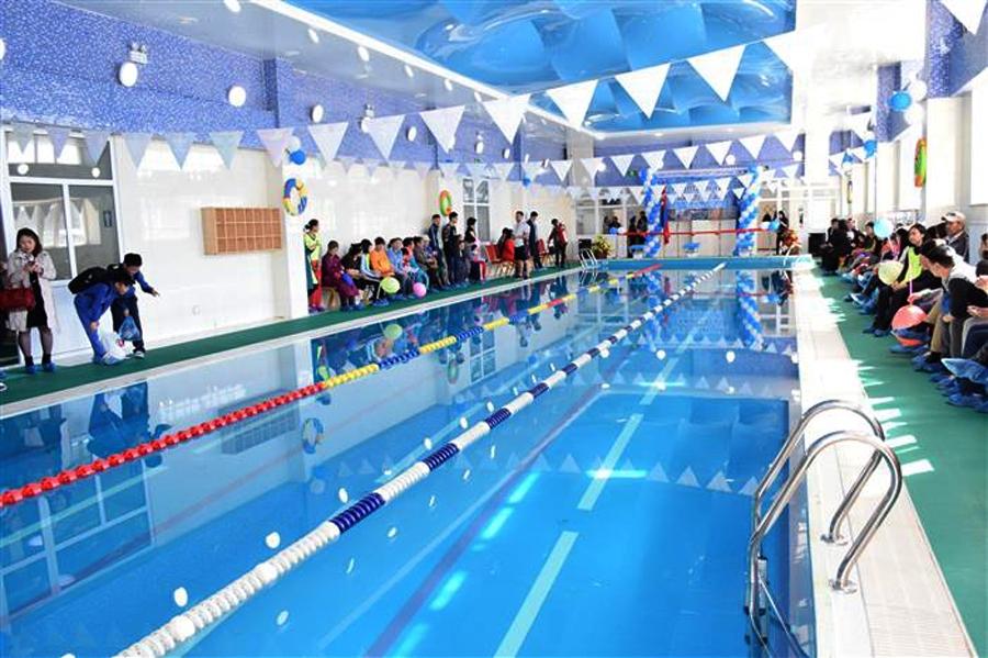 Хан-Уул дүүрэг усан спорт сургалтын төвтэй боллоо