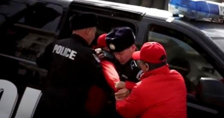 """""""Монголоо аваръя"""" хөдөлгөөний зохион байгуулагчийг баривчлав"""