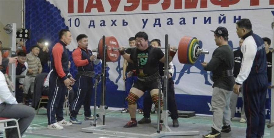 Пауэрлифтингийн ДАШТ-нд Монголын баг оролцоно