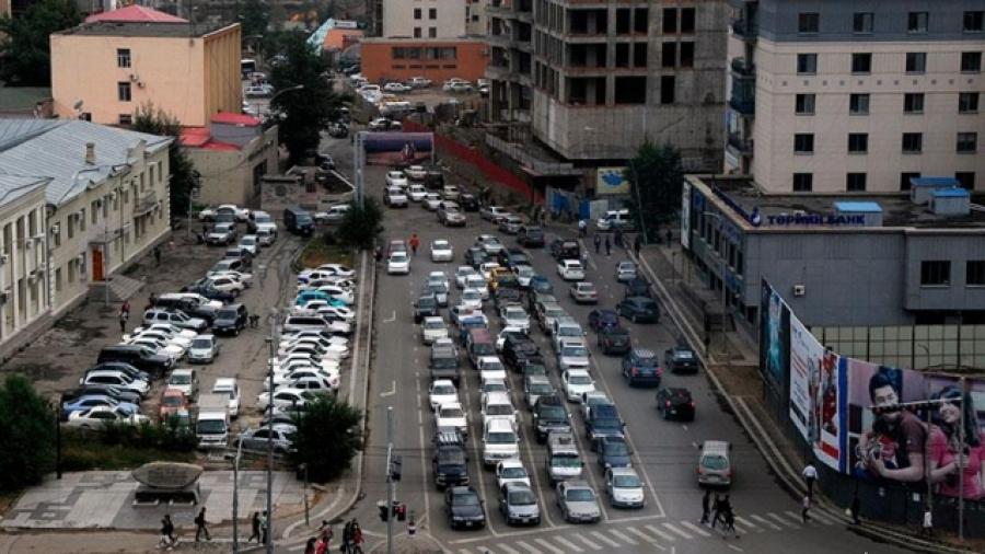 Дөрөвдүгээр сарын 21, 22-нд автомашины улсын дугаарыг тэгш, сондгойгоор хязгаарлана