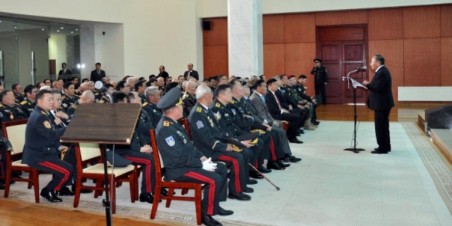 Генерал цолтнуудын уулзалт боллоо