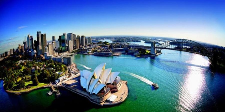 Австралид цалинтай дадлагажигч зуучлах зөвшөөрөл авсан газар байхгүй