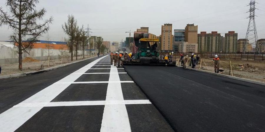 Их Монгол Улсын гудамжны авто замд шинэ технологиор хучилт хийлээ