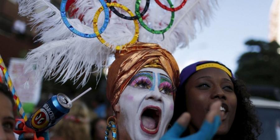 Олимпийн наадмыг хойшлуулахгүй