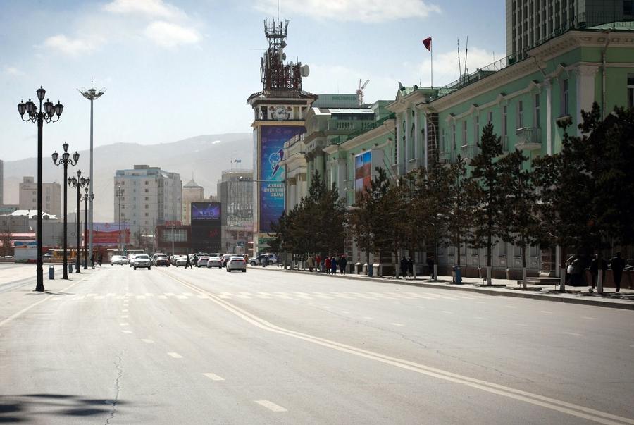 Маргааш Чингисийн талбайн 2 талын замыг түр хаана