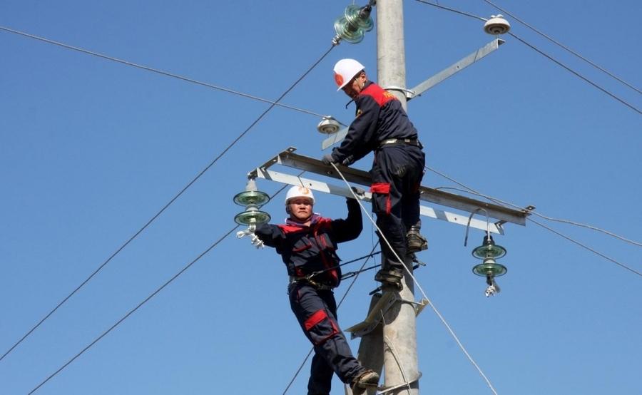 Цахилгаангүй байсан өрхүүдийг эрчим хүчээр хангах боломжтой боллоо