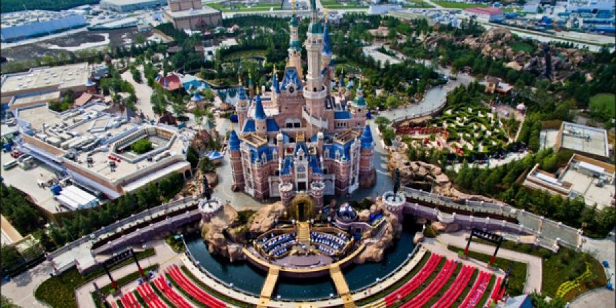 Шанхай дахь Диснейлэнд парк нээгдлээ