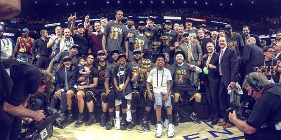 Кливленд Кавалиерс NBA-ийн энэ улиралын аварга боллоо
