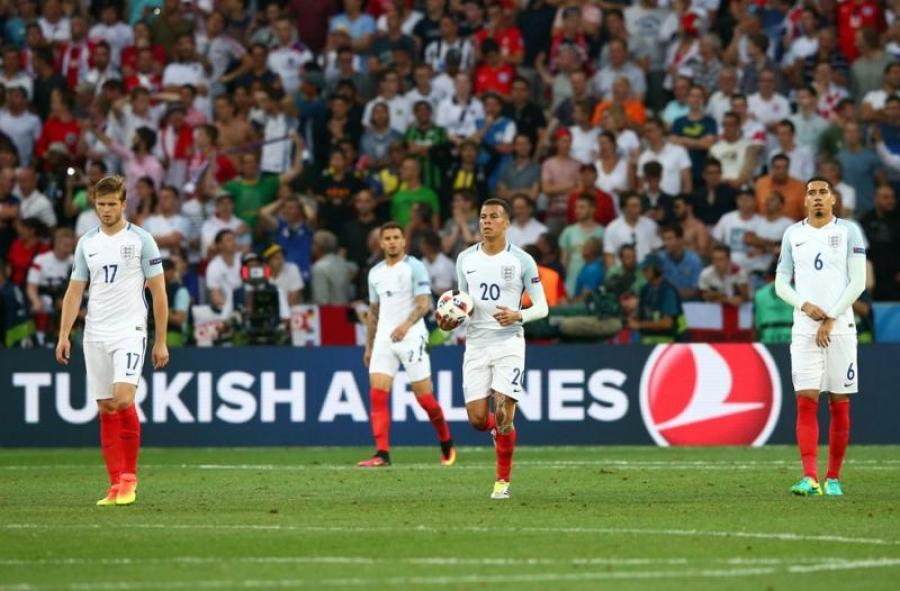 Евро 2016: Англи, Испани тэмцээнээс хасагдлаа