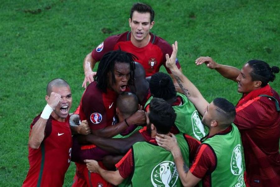 Евро 2016: Португалчууд шөвгийн дөрөвт шалгарлаа