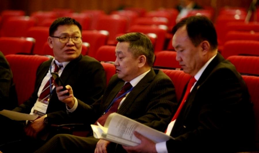 АН-ын удирдлагууд маргаашийн Анхдугаар чуулганыг эсэргүүцэв