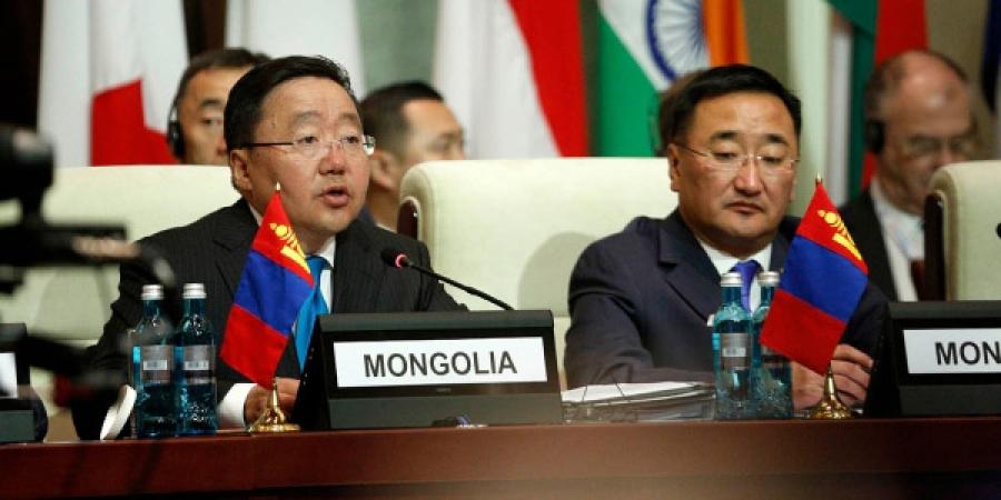 Ц.Элбэгдорж:  Эрхэм зочид та бүхнийг Монгол Улсад тавтай морилон саатахыг дахин урья