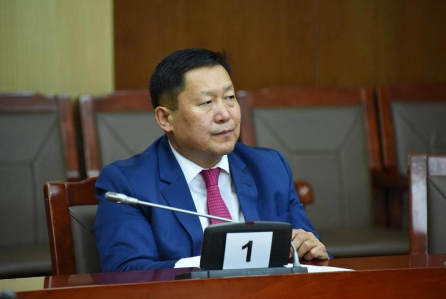 Монголбанкны Ерөнхийлөгч Н.Баяртсайхан гэж хэн бэ