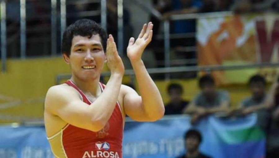 Дэлхийн хошой аварга В.Лебедев олимпод оролцохгүй