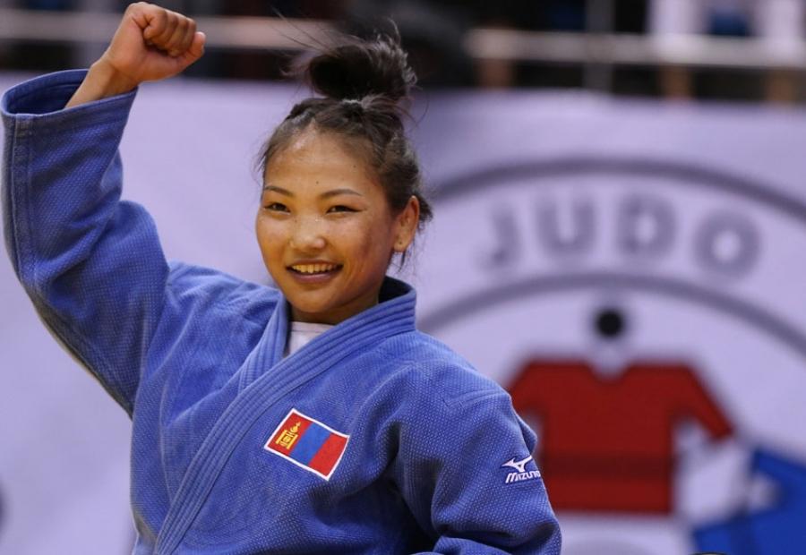 Олимпийн хүрэл медальт Г.Отгонцэцэг хэзээ Казахстаны багт очсон бэ