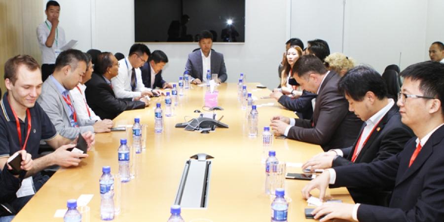 Дэлхийн банк санхүүгийн шилдгүүд Голомт банкны урилгаар Монгол улсад зочилж байна
