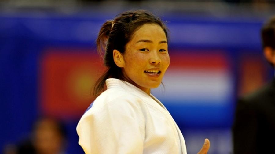 Олимпийн мөнгөн медальт Д.Сумъяа маргааш ирнэ