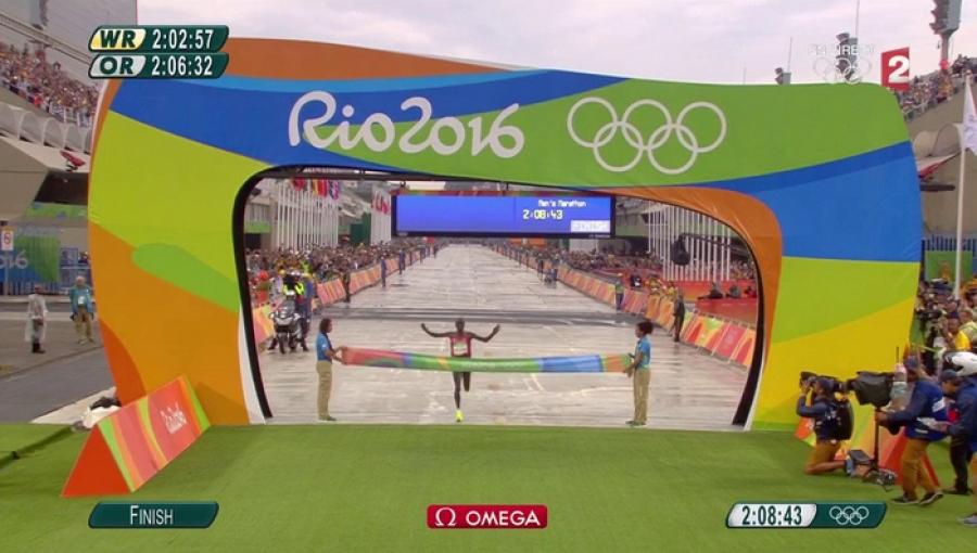 Кенийн тамирчин олимпийн наадмын алтан медаль хүртлээ