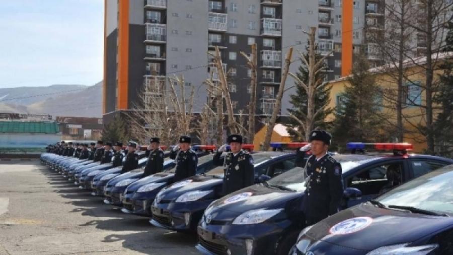 АСЕМ-ийн үеэр худалдан авсан 52 приусыг цагдаагийн байгууллагад өгчээ