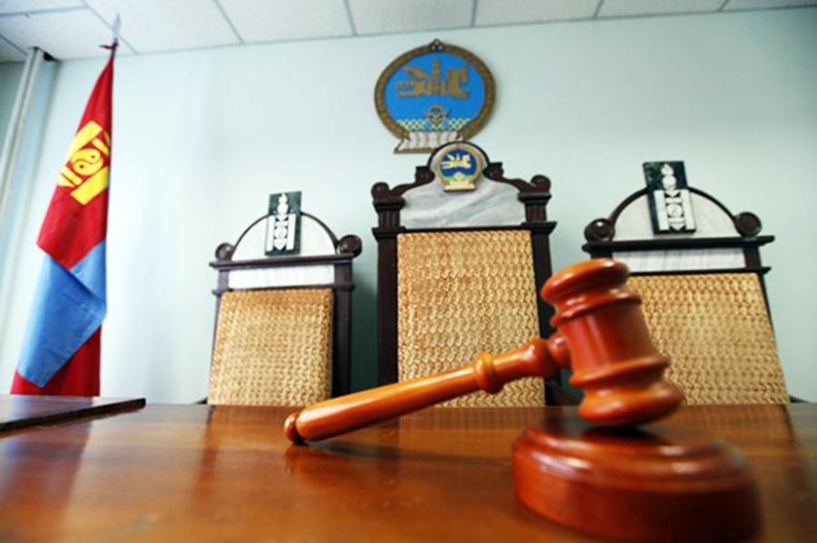 Шүүгчид тангараг өргөсөн хуульчид биз дээ