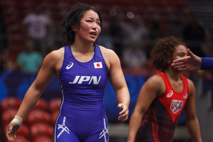 Японы эмэгтэй чөлөөт бөхийн тамирчид зургаан жинд түрүүлжээ