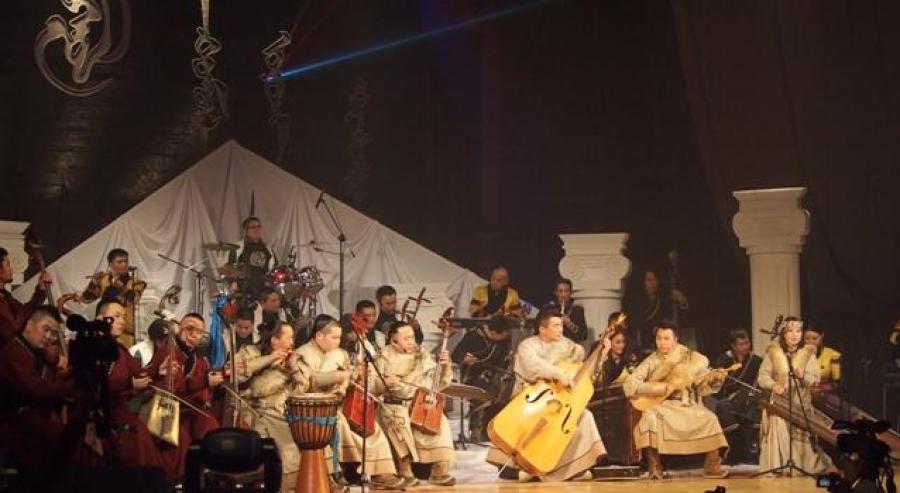 Монгол иргэдийг Өвөрмонголд урлагийн тоглолт хийхдээ зөвшөөрөл авахыг сануулжээ