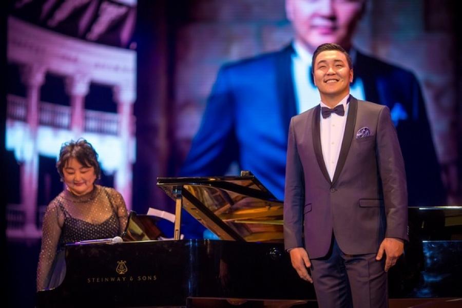Г.Ариунбаатар Сонгнамын дуурийн театрт урилгаар дуулна