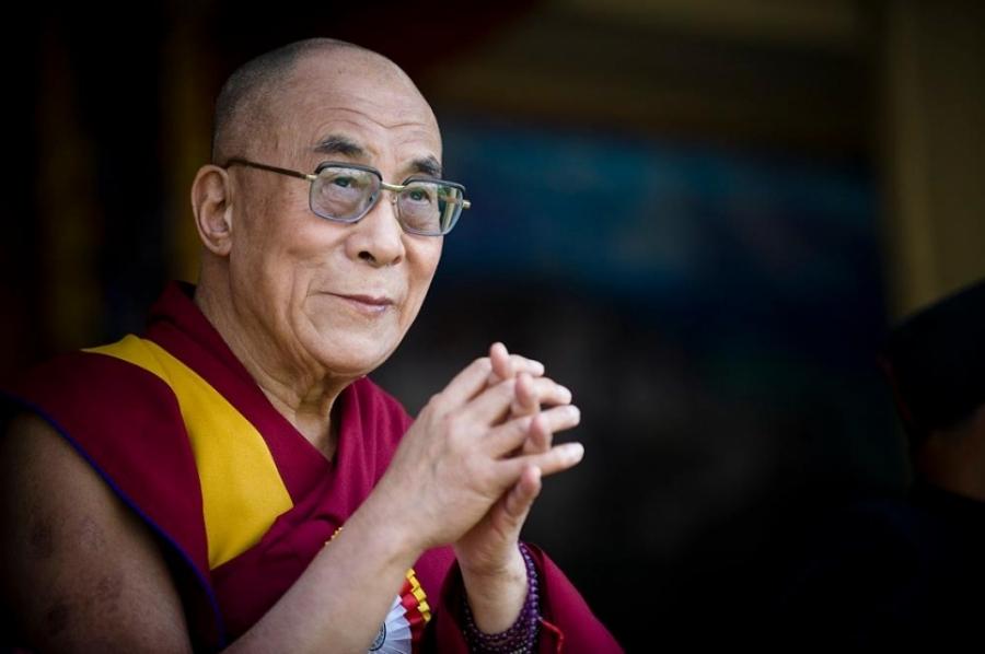 Хятад улс Далай ламын айлчлалыг хориглохыг Монголоос шаарджээ