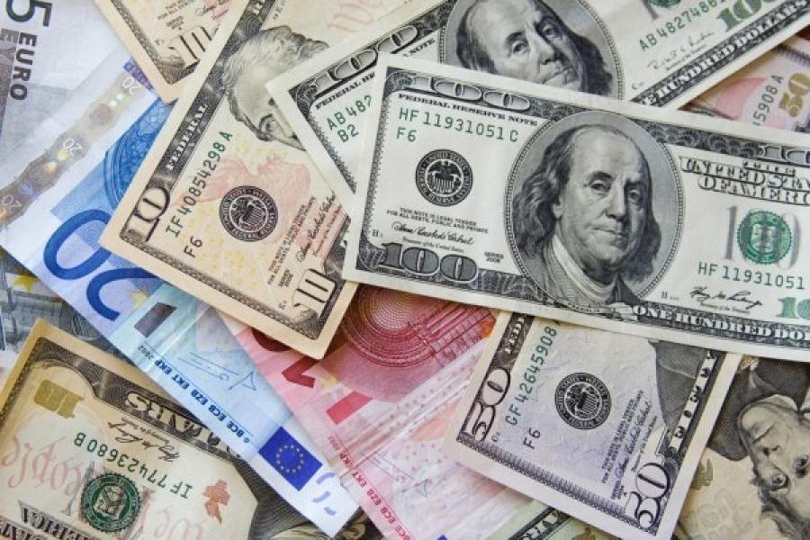 Гадаад валютууд  Монгол төгрөгийн эсрэг өдрөөс өдөрт чангарч байна