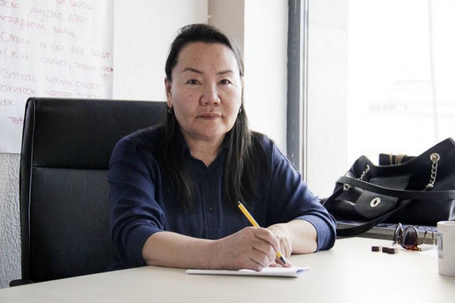 Д.Цэцэгмаа: Ж.Батсуурь сайд 27 мянган багшийн ажлыг үгүйсгэж байгаад харамсч байна