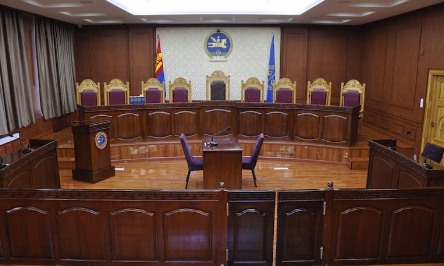 Ерөнхий шүүгчийн томилгооны асуудлаар маргаан үүсгэжээ