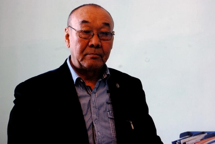 С.АРСЛАН: Монголын төмрийг хятад руу зөөхөөр улайрч байна