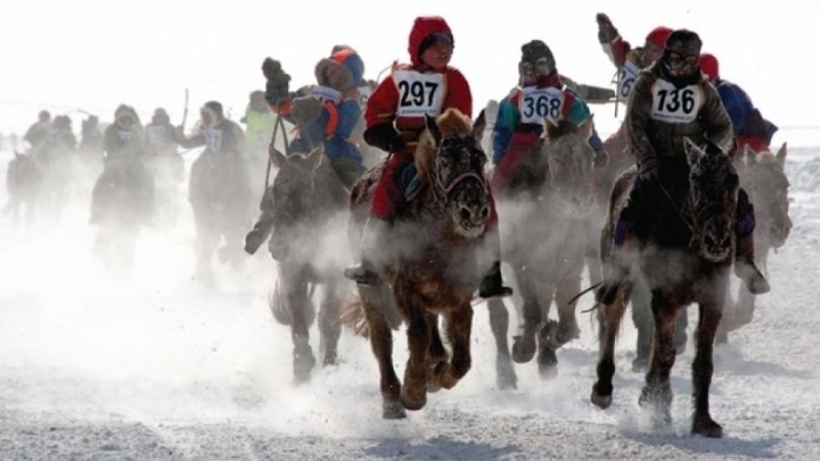 Өвөл, хаврын уралдаанд хүүхдээр морь унуулвал хуулийн хариуцлага хүлээнэ
