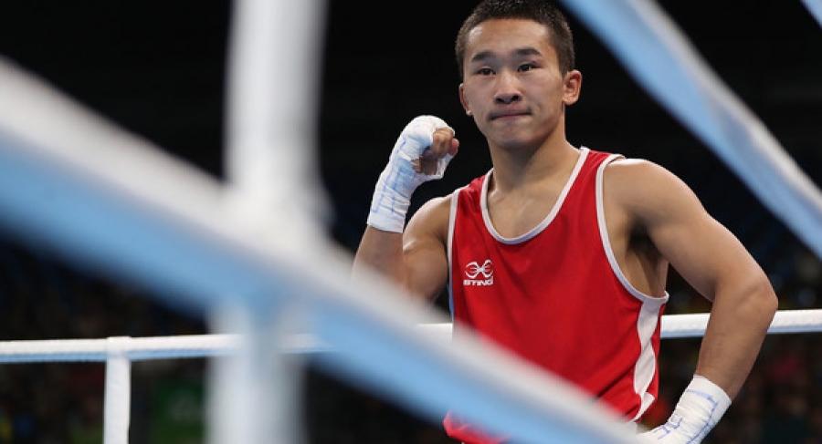 Э.Цэндбаатар: Мэргэжлийн боксын домогт тамирчин болохыг хүсдэг