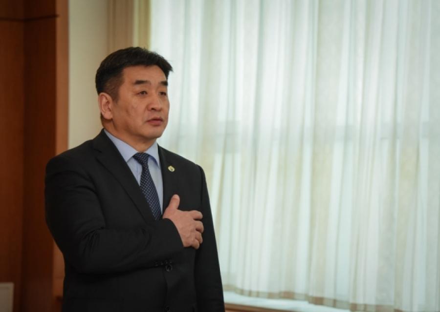 Монгол Улсын Ерөнхий аудитор Д.Хүрэлбаатар тангараг өргөв