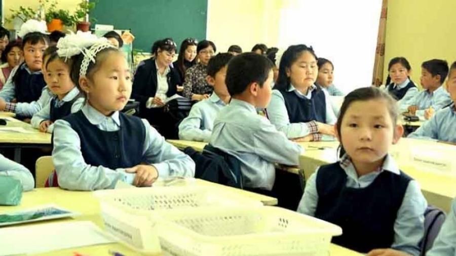 Орон нутгийн сурагчид  пүрэв гарагт хичээллэж эхэлнэ