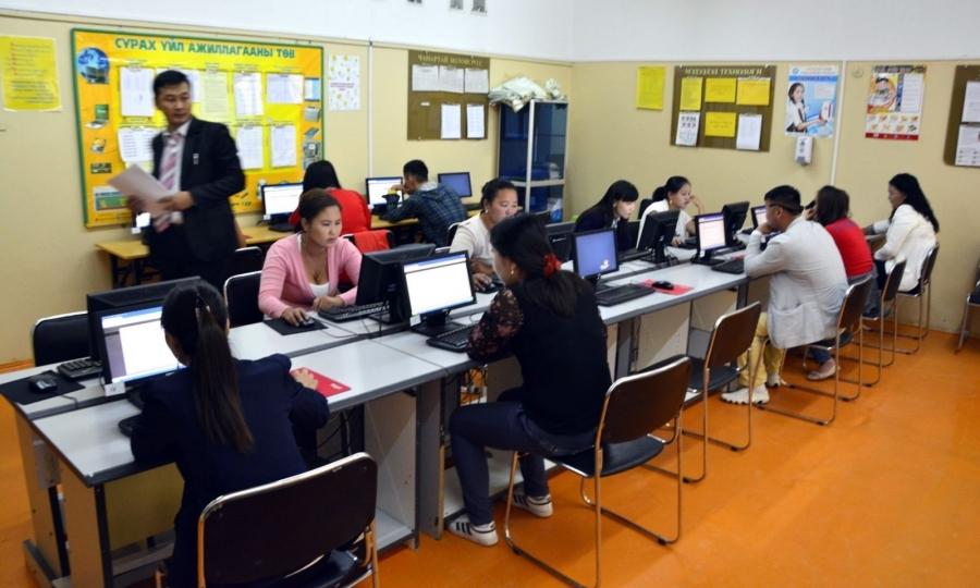 И.Батхүү: Багшлах эрх олгох шалгалтад цахимаар бүртгүүлэх боломжтой