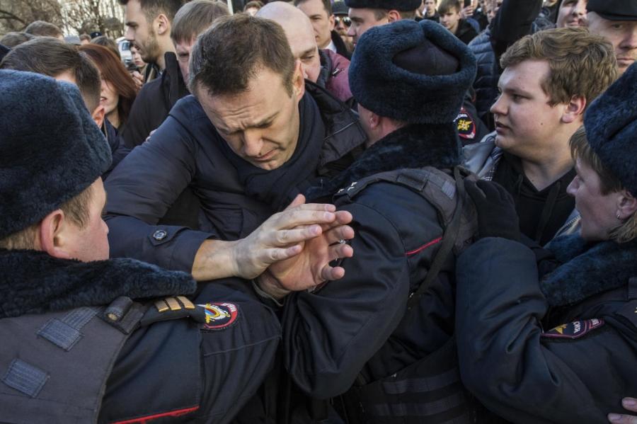 ОХУ-ын сөрөг хүчний удирдагч баривчлагджээ