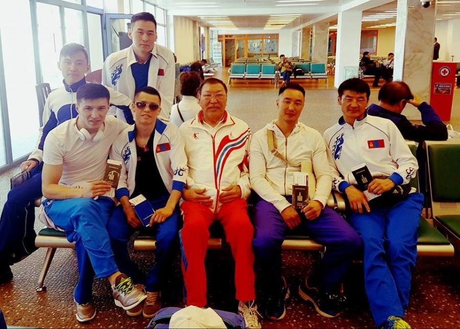 Ширэн бээлийтнүүд Тайландын дэвжээнд хүч үзнэ